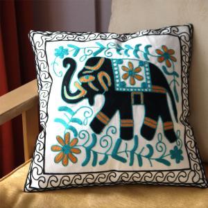 北欧風デザイン刺繍クッションカバー45×45 象|csselect