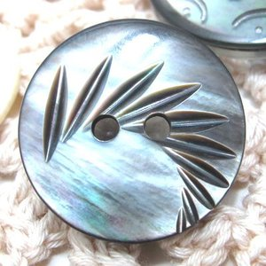 レーザーのカットが綺麗なシンプル 貝 ボタン (1591)CPB-058 18mm|cufflink