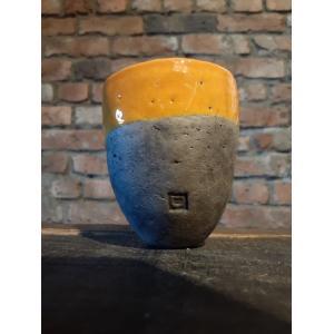ベルギー生まれの鉢、DOMANIの最小モデル、フェス8です。 すべてハンドメイドのため、形・貫入の入...