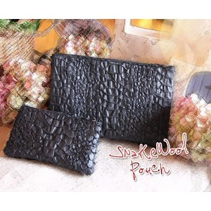 Snake Wool・スネイクウールポーチ(M) (布製・和紙・クラッチバッグ)[COQUETTE・コケット・プレゼントにお勧め]|curicolle