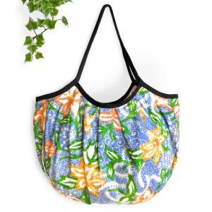 グラニーバッグ ショルダーバッグ トートバッグ バティック柄(水色)軽い 折り畳める 布バッグ ハンドメイド|cutemania