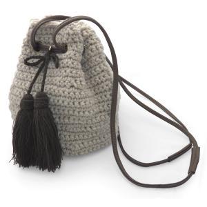 バッグ 巾着 ニット 編み上げ 毛糸 ショルダーバッグ 斜めがけバッグ レディース タッセル付き(ベージュ)|cutemania