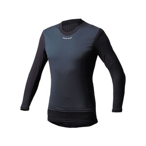 PEARL iZUMi(パールイズミ)  前面の防風素材で寒風から体温をコントロール。適度な保温性と...