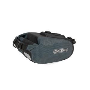 豊富なカラーバリエーション(4色)と3つのサイズから選べる、ベストセラーの防水サドルバッグ。後輪から...