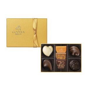 なめらかな口溶け、上質な香り、美しいフォルム。スタイリッシュなゴールドのパッケージに詰め合わせた贅沢...