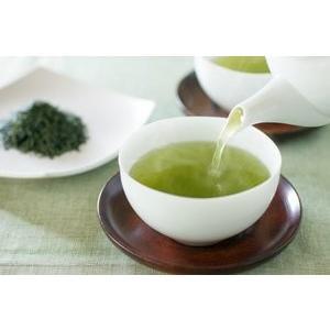 ゆたかみどりは、濃い緑の水色とまろやかでコクのある味わい。鹿児島県知覧のゆたかみどり100%まろやか...