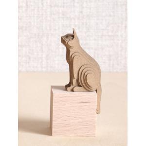 ペーパークラフト ダンボール  動物 猫 段々猫 sitting-a(送料¥300 小型便配送可)|dambool-crafts