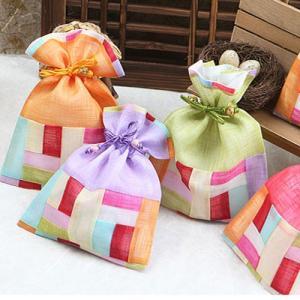 韓国雑貨 韓国伝統 アクセサリー 韓国伝統巾着(中) 韓国伝統の模様を付けた巾着です 花の刺繍がとてもカワイイです 韓国のお土産にもピッタリ!!母の日 ギフト|dami