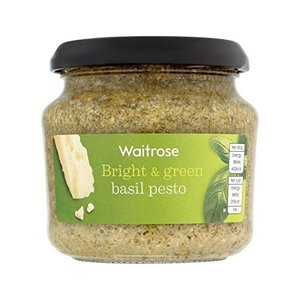 緑のバジルペーストを190グラム (Waitrose) (x 4)Green Basil Pesto...