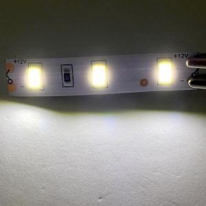 LEDテープライト 100 V 電源アダプタ付き 5630 高輝度電球色 12 V (5 cm 0.6 W 単位 切り売り,非防水,照明器具)