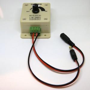 調光器  単色 LED 照明器具の明るさ調整のためのコントローラ (直流 DC 12 V テープライト用.5.5×2.1 mm コネクタつき/なし) dasyn