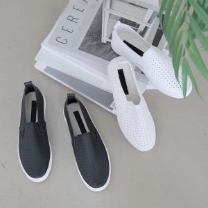 ◆素材:合成皮革 ◆フィッティングサイズ:230cm ◆カラー:白(ホワイト)、黒(ブラック) ◆サ...
