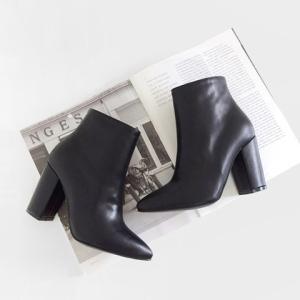 ショートブーツ レディース ヒール サイドジップ ブーティ 黒 ブラック  太ヒール 靴 婦人靴 deciliter
