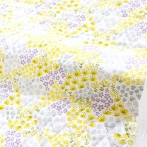 白地に細かな花柄が浮かぶ、目前に広がる花畑をイメージしたデザイン。 シルバー・黄・薄紫・黄緑が、かわ...