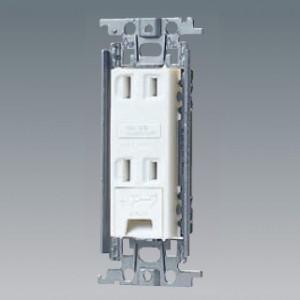 パナソニック 埋込アースターミナル付ダブルコンセント 金属取付枠付 15A 125V ホワイト WTF1532WK|dendenichiba