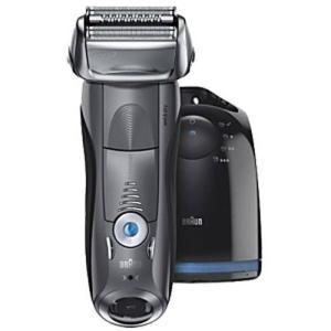 訳あり:ブラウン シリーズ7 7865cc [往復式 3枚刃 水洗い可 自動洗浄機能 お風呂剃り可 充電式 充電残量表示機能 海外対応] メンズシェーバー|densidonya