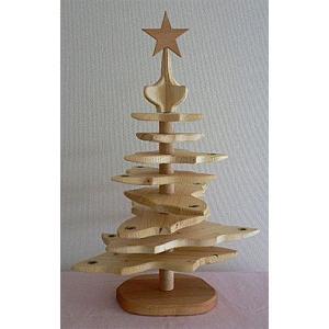 クリスマスの飾りつけにディスプレイツリー