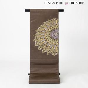 吉祥文様である鶴亀、松竹梅のおめでたい図柄を組み込んだ繊細な華文で構成しました刺繍袋帯です 太鼓の華...