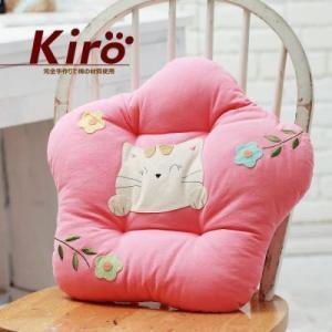 KIRO  可愛い猫と花パッチワーククッション (ソフトピンク)|dgmode
