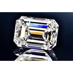 エメラルドカットダイヤさん0.5カラットEカラーIF ダイヤ鑑定書GIA刻印つき 凛とした透明感の輝きさん|diadia