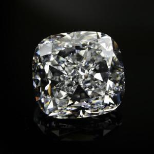 10カラット ダイヤ!クッションカット ダイヤルース Eカラー VS1 美しすぎる輝きさん 海外在庫です、金額お問合せください。 diadia