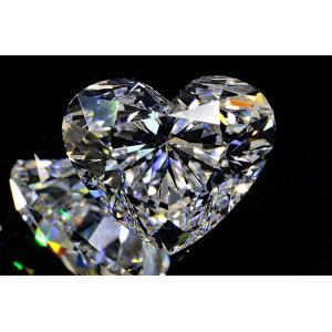 ほぼ1カラット ハートシェイプカット ダイヤモンド Eカラー IF インターナリーフローレス 輝き強いハッピーハートさん|diadia