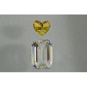 エメラルドカット ダイヤさん0.7カラット Gカラー IF 0.17カラット ビビットオレンジイエローダイヤの濃さとサイズがポイント! ダイヤの楽しい妄想08|diadia