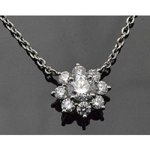 ダイヤモンド のお花ネックレスがお胸元でふんわり トータル1カラット センター 0.5カラット トリプルエクセレント ハート&キューピッド|diadia