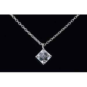 アッシャーカットダイヤ一粒ネックレス 斜めが優しく可愛い王女様ペンダント! 0.5カラット|diadia