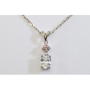 ピンクダイヤ と オーバルカットダイヤ ネックレス