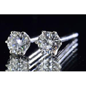 0.5カラット ダイヤ一粒ピアスシンプル 毎日輝きダイヤさんでお顔囲まれる|diadia
