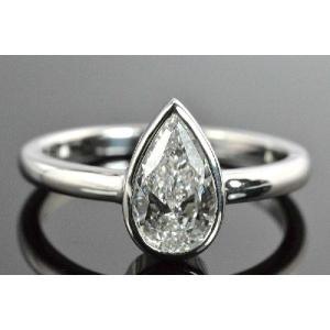 やっぱりシンプルダイヤモンド一粒リング ペアシェイプ 0.7カラット 伏せこみ プラチナ|diadia