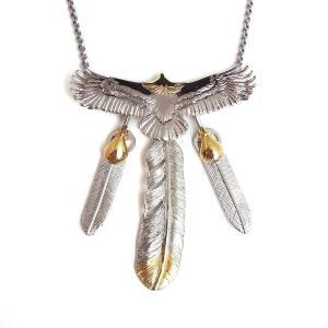 人気ブランドSBG(エスビージー)頭金イーグル3枚フェザーネックレス。大きく羽を広げた特大イーグルト...