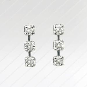 K18WGダイヤモンドスリーストーンピアス 0.20ct|diaw
