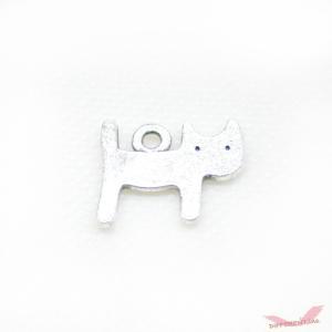 ぺったんこ 可愛い 猫 チャーム|different