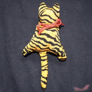 猫 クリップ 吊るし雛 かわいい 虎 different