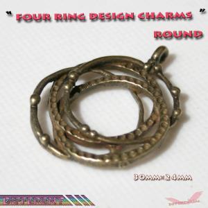 4リングデザイン チャーム アクセサリーパーツ|different