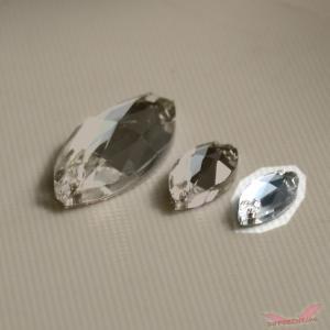 高品質 ガラス製 マーキス フラットバック 縫製 穴有り 15*7 different