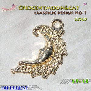 三日月 クラシックデザイン ゴールド メルヘンチャーム No.1|different