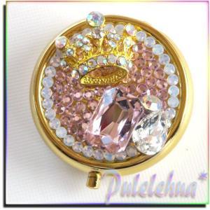 王冠&ビジューの小物ケース&ピルケース 最高級クリスタルストーン使用 by-Pulelehua*|different
