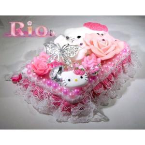 キティとバラの姫盛りピルケース by-rio|different