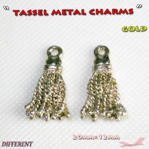 タッセル メタル チャームパーツ ピアス ネックレス ブレスに|different