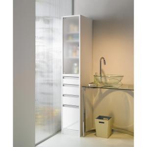洗面所収納にはインテリア性のある隙間家具を●アクリルの扉が清潔感を感じさせるロングセラーのサニタリー...