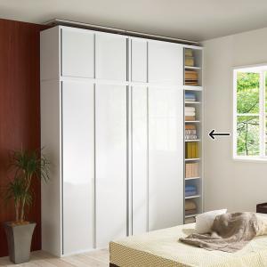 扉の光沢が美しい、壁に溶け込むシンプルスライド扉収納庫◆文庫や新書、CD・DVDなど、どんどん増え続...