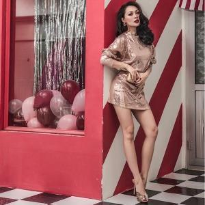 オードリー スパンコール ワンピース 袖付き 長袖 ドレス ウィングスリーブ ショートドレス ミニドレス グリッター|diva-dress