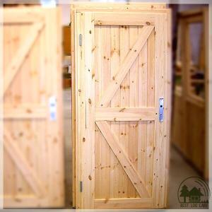 ログハウスに似合う片開き木製ドア(鍵付) スタンダード パイ...