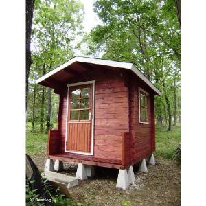お子様とご一緒に、お庭に木の倉庫を建ててみませんか。セルフビルドミニログハウスキット【ハイド3/価格343,440円】|diy-kithouse|02