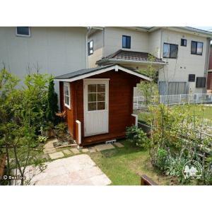 お子様とご一緒に、お庭に木の倉庫を建ててみませんか。セルフビルドミニログハウスキット【ハイド3/価格343,440円】|diy-kithouse|06