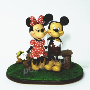 【即納】アメリカディズニーテーマパーク(ディズニーランド&ワールド)で販売されている置物です♪ ◆期...