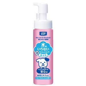 ■内容量:200ml ■フローラルせっけんの香り ■原産国:日本 ■特長:泡をつけてふくだけフォーム...
